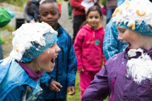 Barn i aktivitet på Camp Kjeldsund