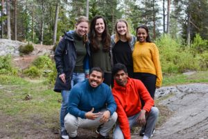 8 norske ungdommer - gruppefoto