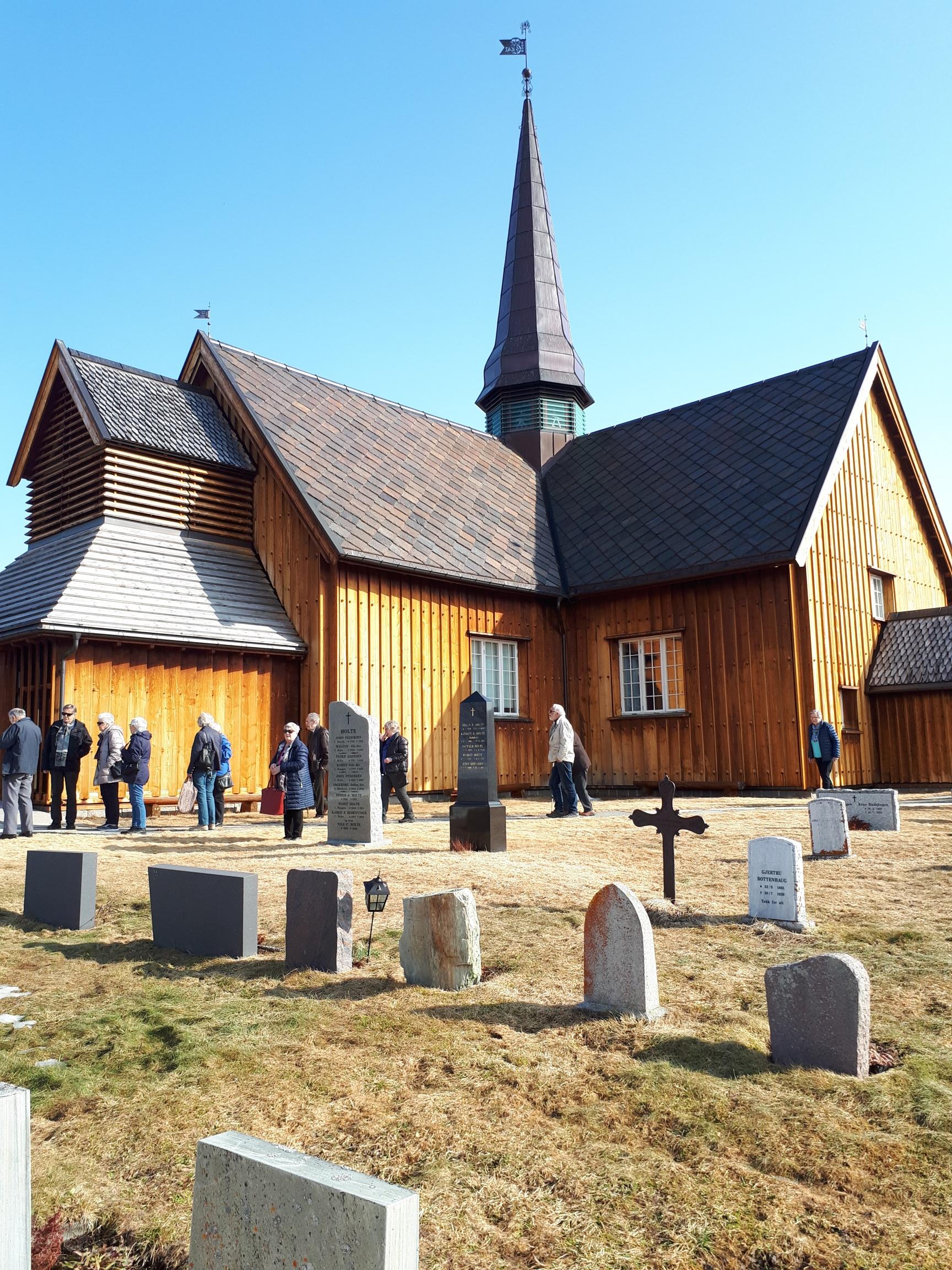 Gudstjeneste i Innset kirke under seniortreff